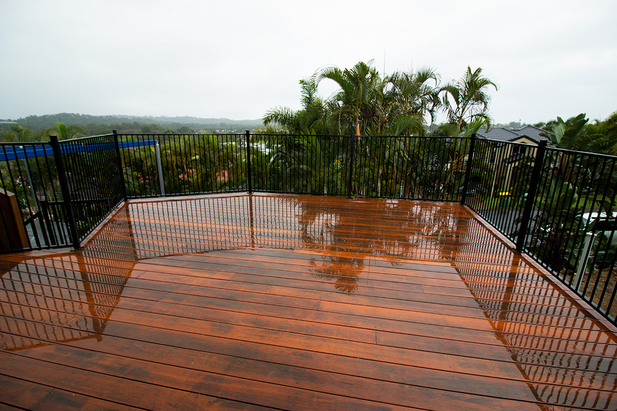 high elevation elevated deck builders gold coast